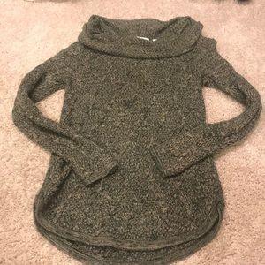 Green/Tan sweater